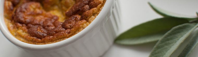 Soufflé met pompoen en salie recept bakmuts
