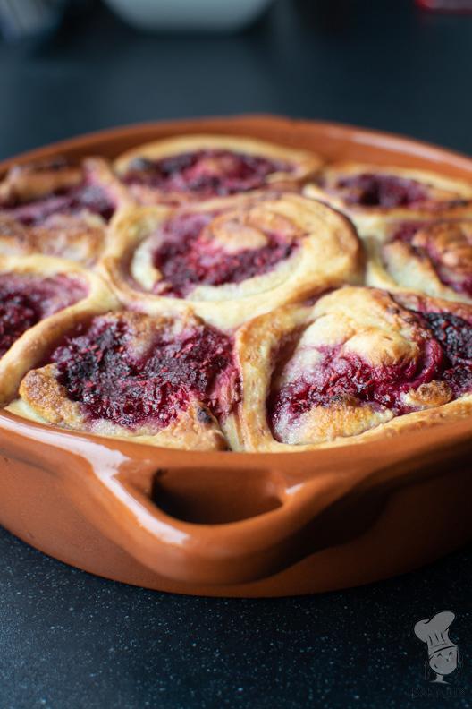 Frambozenbroodjes met amandelspijs recept bakmuts