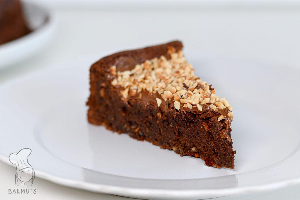 Chocoladepastataart of nutellataart met hazelnoten recept van Bakmuts