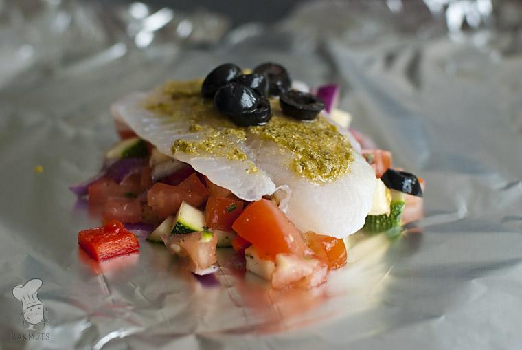 Mediterrane vispakketjes van de bbq met groenten recept bakmuts