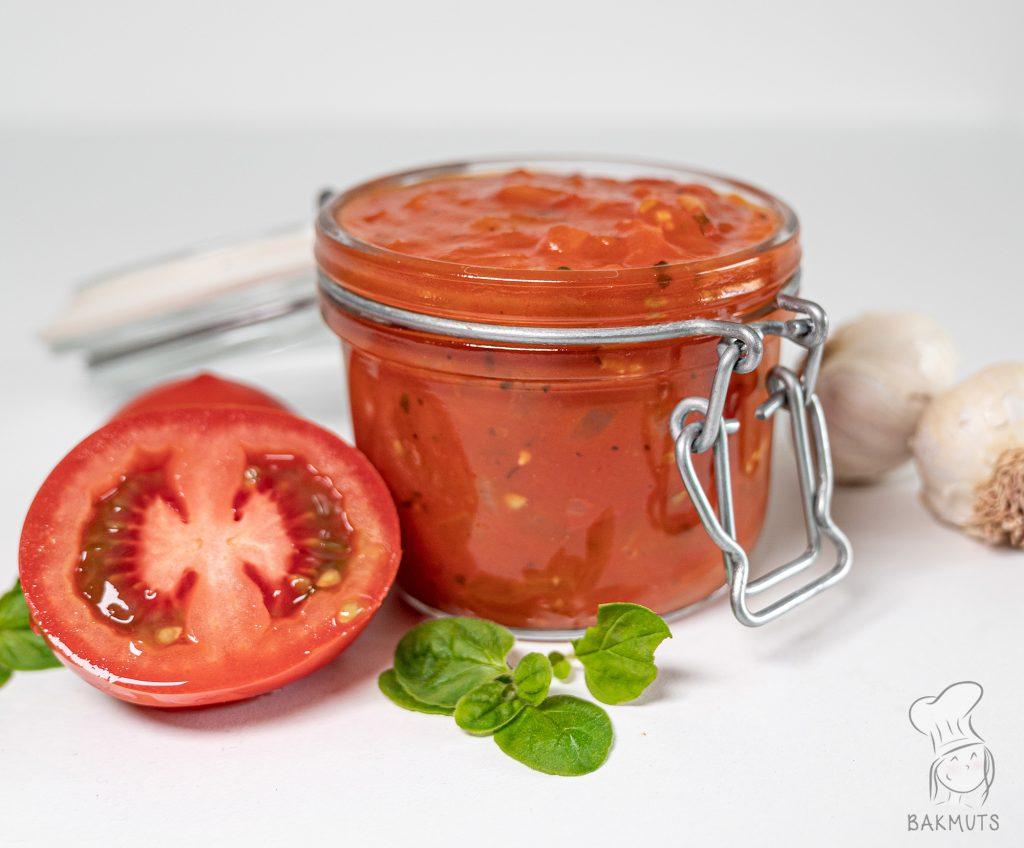 Zelfgemaakte tomatensaus recept van Bakmuts