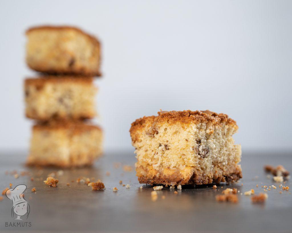 Blondies met walnoten en witte chocola - recept van Bakmuts