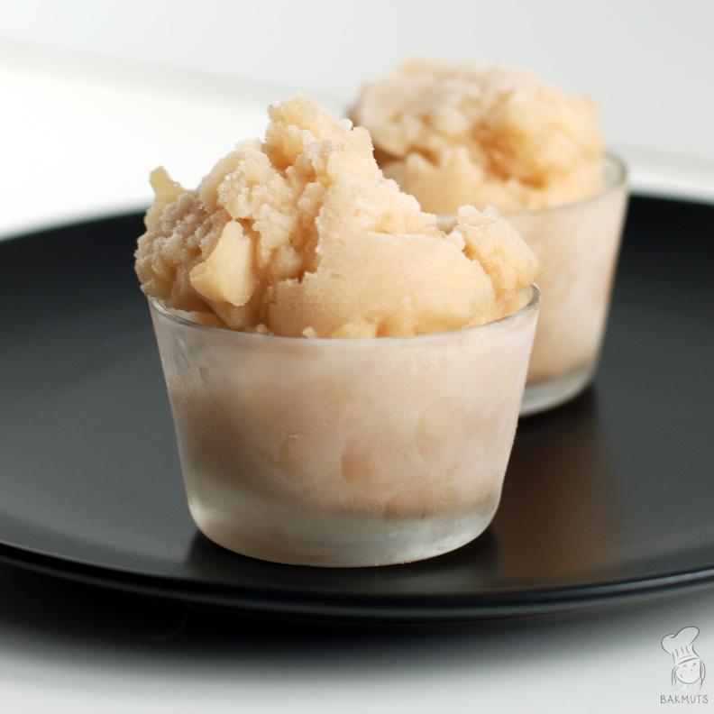 Perenijs zelfgemaakt sorbetijs peren recept bakmuts