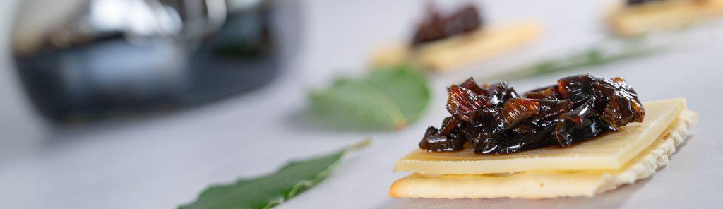 Rode uienchutney - recept van Bakmuts