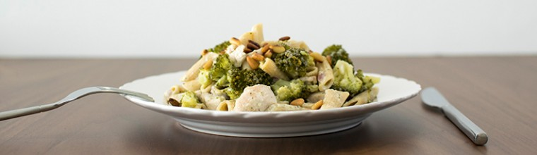 pasta met broccoli en romige kruidensaus recept bakmuts