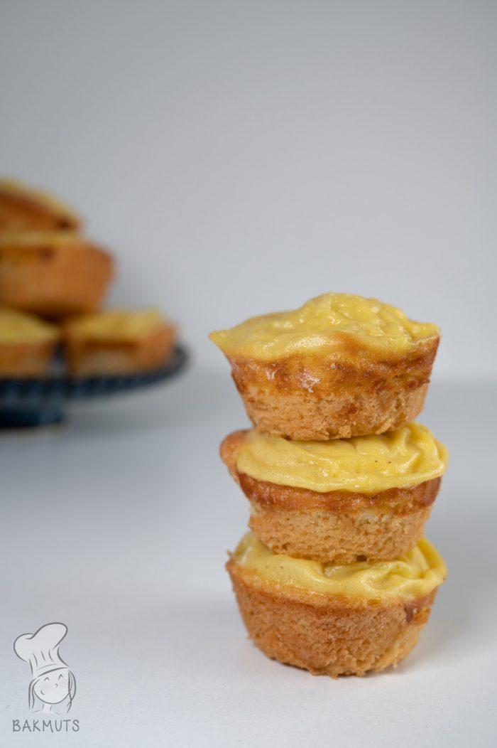 Custard cakes recept van Bakmuts