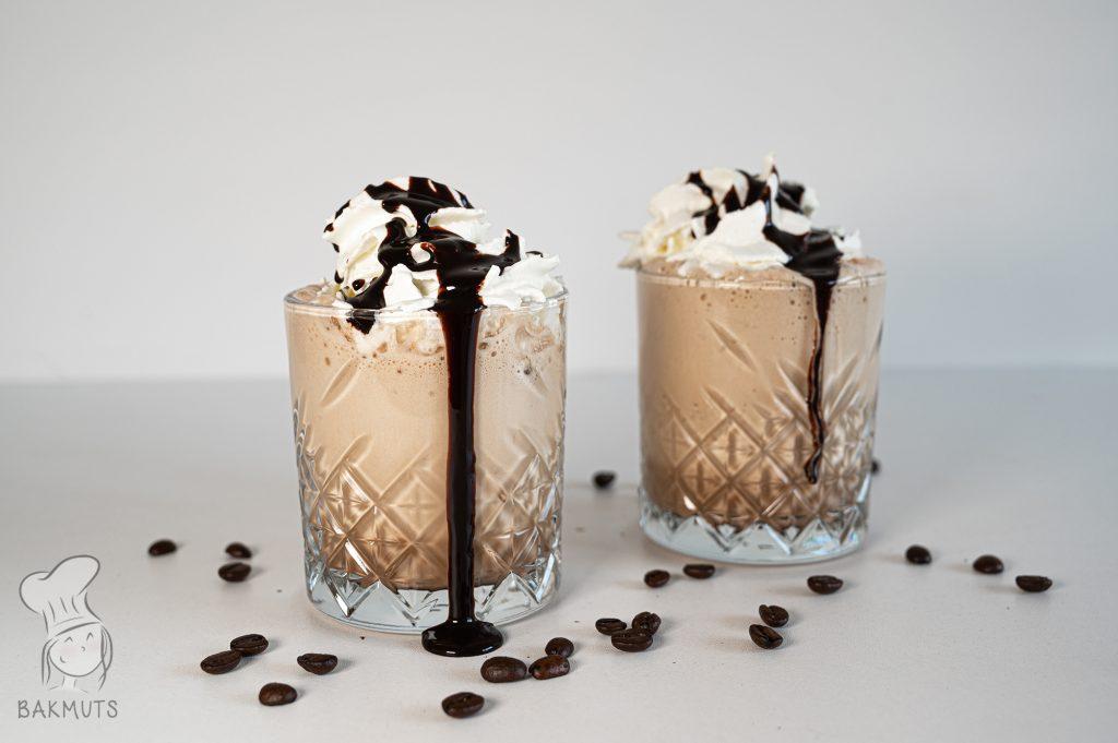 Een makkelijk recept voor zelfgemaakte ijskoffie - recept van Bakmuts